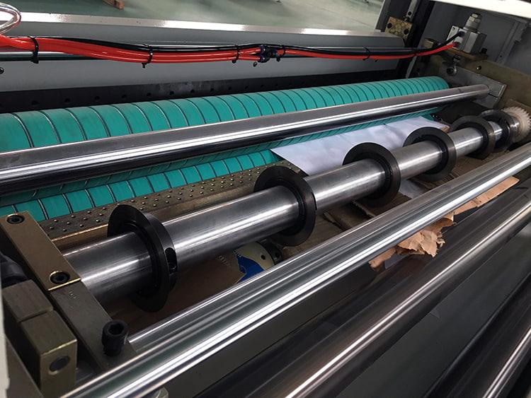 Hamburger-Paper-Sheeting-Machine-4
